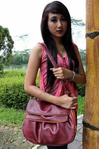 Model Tas Wanita terbaru,model tas wanita murah,tas wanita bagus,tas wanita cangklong